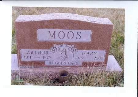 MOOS, MARY - McIntosh County, North Dakota | MARY MOOS - North Dakota Gravestone Photos