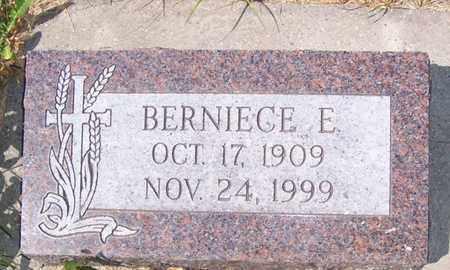 HEGLIE JACOBSON, BERNIECE - Ransom County, North Dakota | BERNIECE HEGLIE JACOBSON - North Dakota Gravestone Photos
