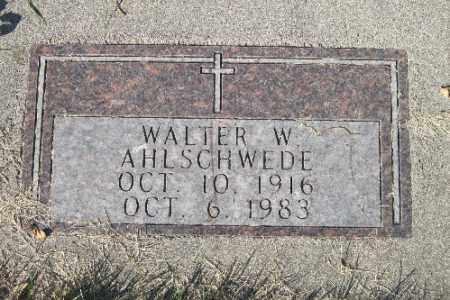 AHLSCHWEDE, WALTER W. - Traill County, North Dakota | WALTER W. AHLSCHWEDE - North Dakota Gravestone Photos