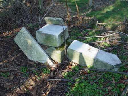 STONES, BROKEN AND DOWN - Carroll County, Ohio | BROKEN AND DOWN STONES - Ohio Gravestone Photos