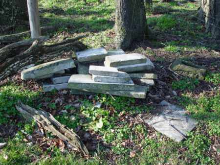 STONES, PILED BY FENCE - Carroll County, Ohio   PILED BY FENCE STONES - Ohio Gravestone Photos
