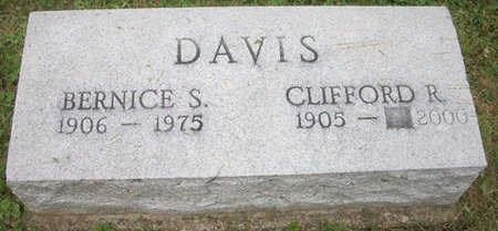DAVIS, BERNICE - Champaign County, Ohio | BERNICE DAVIS - Ohio Gravestone Photos