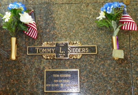 SIDDERS, TOMMY L. - Champaign County, Ohio | TOMMY L. SIDDERS - Ohio Gravestone Photos