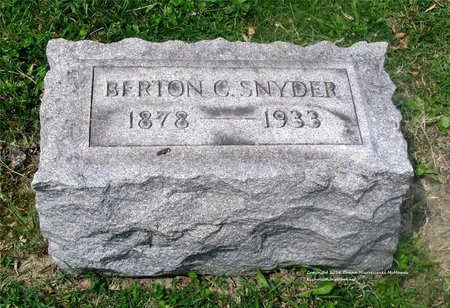 SNYDER, BERTON C. - Lucas County, Ohio | BERTON C. SNYDER - Ohio Gravestone Photos