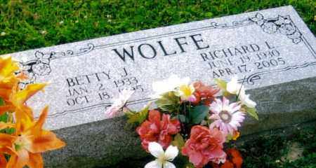 WOLFE, RICHARD LEE - Morgan County, Ohio | RICHARD LEE WOLFE - Ohio Gravestone Photos