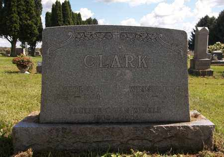 CLARK, WINNIFRED H. - Trumbull County, Ohio | WINNIFRED H. CLARK - Ohio Gravestone Photos