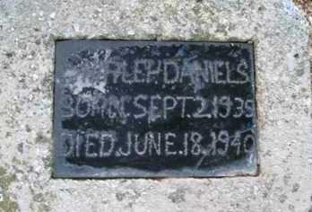 DANIELS, SHIRLEY - Adair County, Oklahoma   SHIRLEY DANIELS - Oklahoma Gravestone Photos