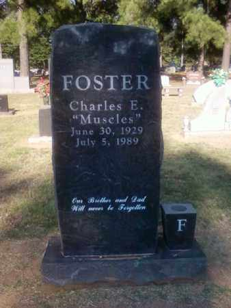"""FOSTER, CHARLES E. """"MUSCLES"""" - Choctaw County, Oklahoma   CHARLES E. """"MUSCLES"""" FOSTER - Oklahoma Gravestone Photos"""