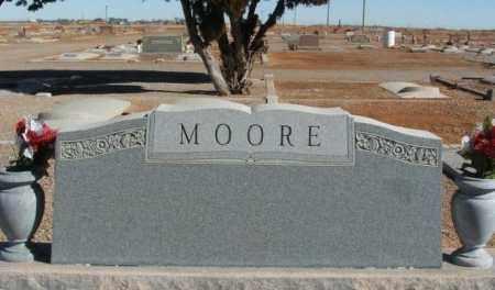 MOORE, SURNAME STONE - Harmon County, Oklahoma | SURNAME STONE MOORE - Oklahoma Gravestone Photos