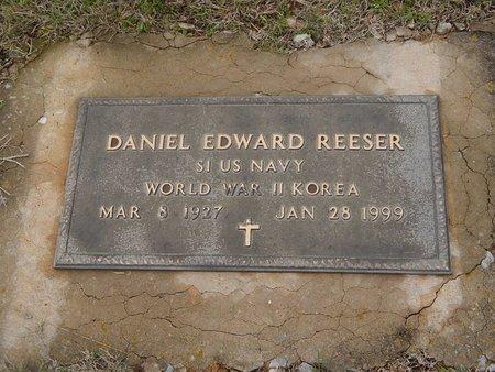 REESER (VETERAN WWII KOR), DANIEL EDWARD - Kay County, Oklahoma | DANIEL EDWARD REESER (VETERAN WWII KOR) - Oklahoma Gravestone Photos