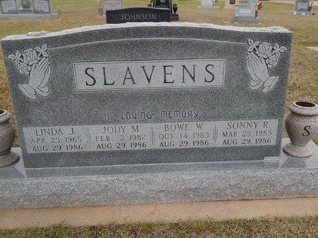 SLAVENS, LINDA J - Kay County, Oklahoma | LINDA J SLAVENS - Oklahoma Gravestone Photos