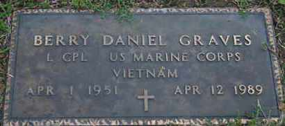 GRAVES, BERRY D. - US MARINE - Pontotoc County, Oklahoma | BERRY D. - US MARINE GRAVES - Oklahoma Gravestone Photos