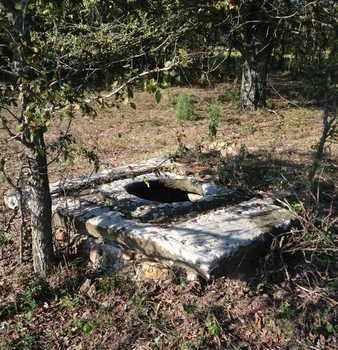 OLD WELL,  - Seminole County, Oklahoma |  OLD WELL - Oklahoma Gravestone Photos