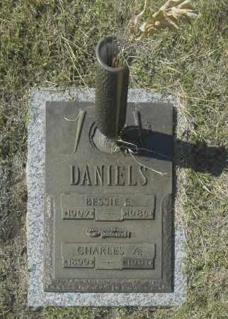 DANIELS, BESSIE E - Washington County, Oklahoma | BESSIE E DANIELS - Oklahoma Gravestone Photos