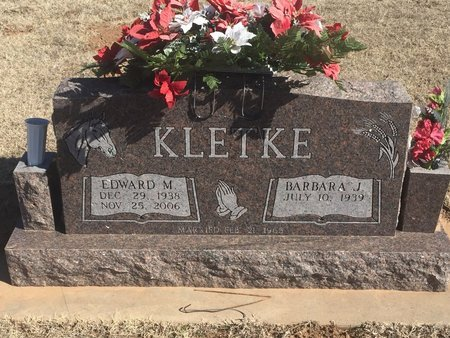 KLETKE, EDWARD M - Woods County, Oklahoma   EDWARD M KLETKE - Oklahoma Gravestone Photos