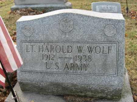 WOLF, LT. HAROLD W. - Lehigh County, Pennsylvania   LT. HAROLD W. WOLF - Pennsylvania Gravestone Photos