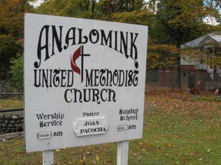 CHURCHYARD SIGN, ANALOMINK UNITED METHODIST - Monroe County, Pennsylvania | ANALOMINK UNITED METHODIST CHURCHYARD SIGN - Pennsylvania Gravestone Photos
