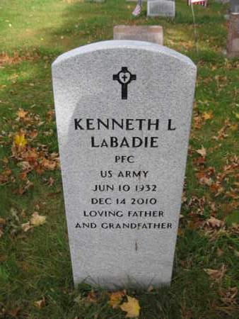 LABADIE, KENNETH L. - Monroe County, Pennsylvania | KENNETH L. LABADIE - Pennsylvania Gravestone Photos