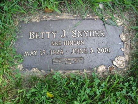 SNYDER, BETTY J. - Monroe County, Pennsylvania | BETTY J. SNYDER - Pennsylvania Gravestone Photos