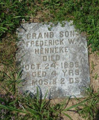 HENNEKE, FREDRICK W - York County, Pennsylvania   FREDRICK W HENNEKE - Pennsylvania Gravestone Photos