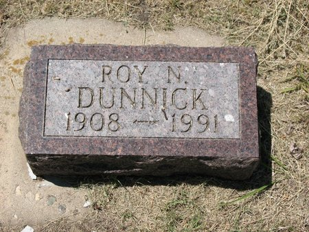 DUNNICK, ROY NICHOLAS - Beadle County, South Dakota | ROY NICHOLAS DUNNICK - South Dakota Gravestone Photos