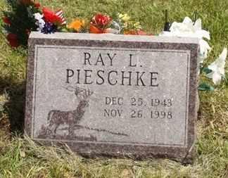 PIESCHKE, RAY LEONARD - Beadle County, South Dakota | RAY LEONARD PIESCHKE - South Dakota Gravestone Photos