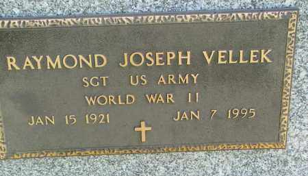 VELLEK, RAYMOND JOSEPH (WW II) - Bon Homme County, South Dakota | RAYMOND JOSEPH (WW II) VELLEK - South Dakota Gravestone Photos