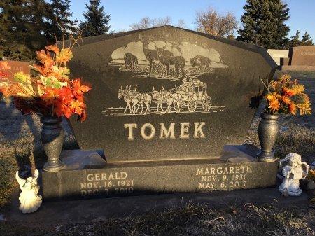 TOMEK, MARGARETH - Brown County, South Dakota | MARGARETH TOMEK - South Dakota Gravestone Photos