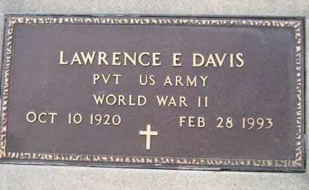DAVIS, LAWRENCE E. (WW II) - Codington County, South Dakota   LAWRENCE E. (WW II) DAVIS - South Dakota Gravestone Photos