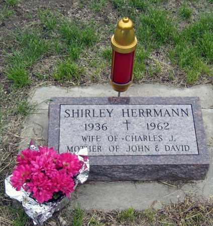 HERRMAN, SHIRLEY - Davison County, South Dakota | SHIRLEY HERRMAN - South Dakota Gravestone Photos