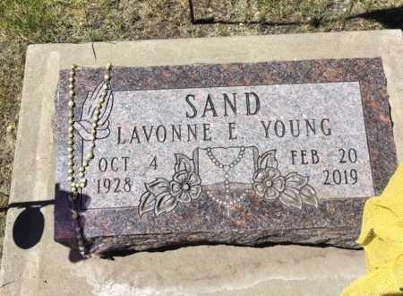YOUNG SAND, LAVONNE E. - Davison County, South Dakota   LAVONNE E. YOUNG SAND - South Dakota Gravestone Photos