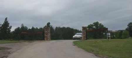 *EVERGREEN CEMETERY, FRONT GATE - Fall River County, South Dakota   FRONT GATE *EVERGREEN CEMETERY - South Dakota Gravestone Photos