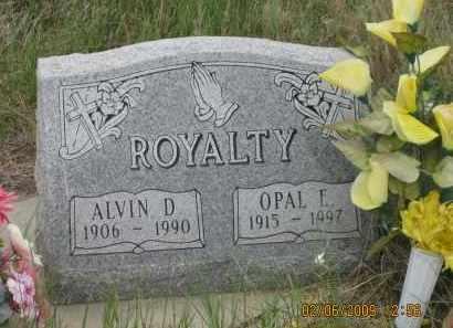 ROYALTY, OPAL E. - Fall River County, South Dakota | OPAL E. ROYALTY - South Dakota Gravestone Photos