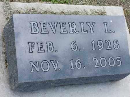 SKOGLUND, BEVERLY L - Hamlin County, South Dakota | BEVERLY L SKOGLUND - South Dakota Gravestone Photos