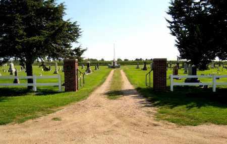 ** SAINT MARTIN'S CATHOLIC, ENTRANCE - Hanson County, South Dakota | ENTRANCE ** SAINT MARTIN'S CATHOLIC - South Dakota Gravestone Photos