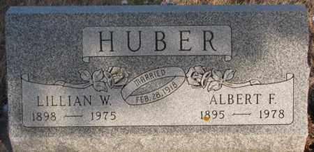 HUBER, LILLIAN W - Hutchinson County, South Dakota   LILLIAN W HUBER - South Dakota Gravestone Photos