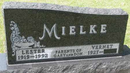 MIELKE, LESTER - Hutchinson County, South Dakota | LESTER MIELKE - South Dakota Gravestone Photos