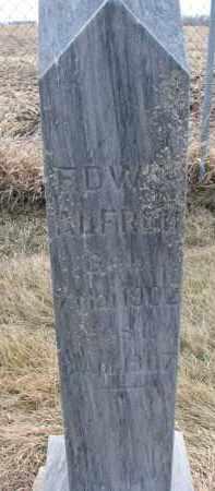 NUSZ, EDWIN ALFRED - Hutchinson County, South Dakota   EDWIN ALFRED NUSZ - South Dakota Gravestone Photos