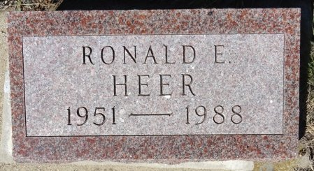 HEER, RONALD E. - Jones County, South Dakota | RONALD E. HEER - South Dakota Gravestone Photos