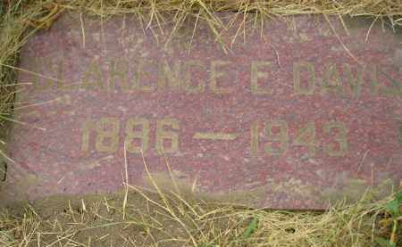 DAVIS, CLARENCE E. - Kingsbury County, South Dakota | CLARENCE E. DAVIS - South Dakota Gravestone Photos