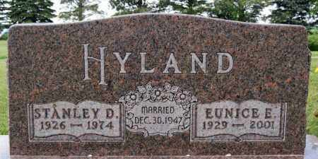 HYLAND, EUNICE E - Lake County, South Dakota | EUNICE E HYLAND - South Dakota Gravestone Photos
