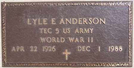 ANDERSON, LYLE E (WWII) - McCook County, South Dakota   LYLE E (WWII) ANDERSON - South Dakota Gravestone Photos