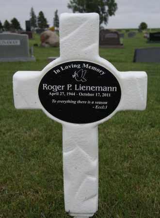 LIENEMANN, ROGER P - McCook County, South Dakota | ROGER P LIENEMANN - South Dakota Gravestone Photos