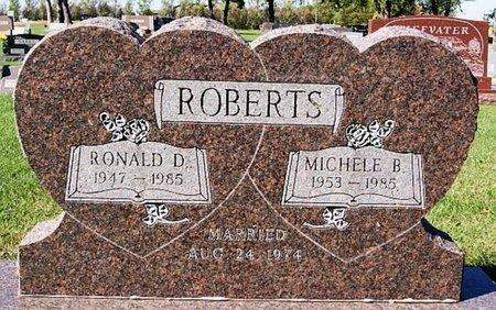 ROBERTS, RONALD D - McCook County, South Dakota | RONALD D ROBERTS - South Dakota Gravestone Photos