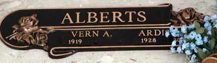 ALBERTS, ARDIS J.S. - Minnehaha County, South Dakota | ARDIS J.S. ALBERTS - South Dakota Gravestone Photos
