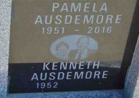 AUSDEMORE, KENNETH - Minnehaha County, South Dakota | KENNETH AUSDEMORE - South Dakota Gravestone Photos