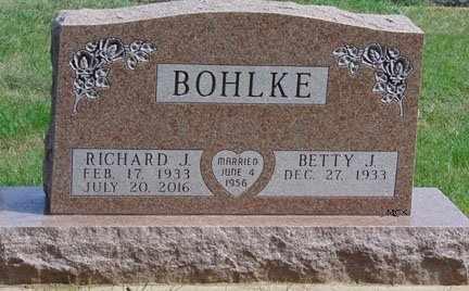 BOHLKE, RICHARD J. - Minnehaha County, South Dakota | RICHARD J. BOHLKE - South Dakota Gravestone Photos