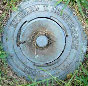 HENDRICKSON, RICHARD T. - Minnehaha County, South Dakota | RICHARD T. HENDRICKSON - South Dakota Gravestone Photos