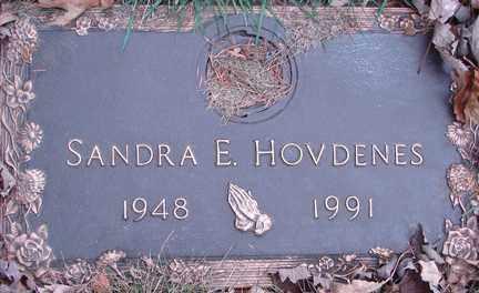 HOVDENES, SANDRA E. - Minnehaha County, South Dakota | SANDRA E. HOVDENES - South Dakota Gravestone Photos