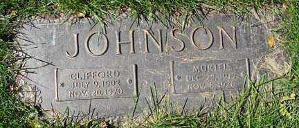 JOHNSON, CLIFFORD E. - Minnehaha County, South Dakota | CLIFFORD E. JOHNSON - South Dakota Gravestone Photos